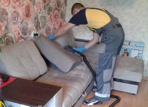 Как правильно выбрать организацию для химчистки дивана